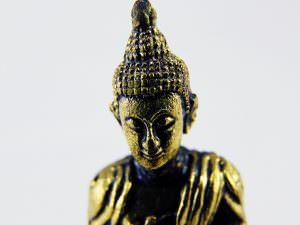 Estátua em bronze Buda