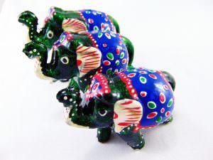 Jogo com 3 elefantes - verdes
