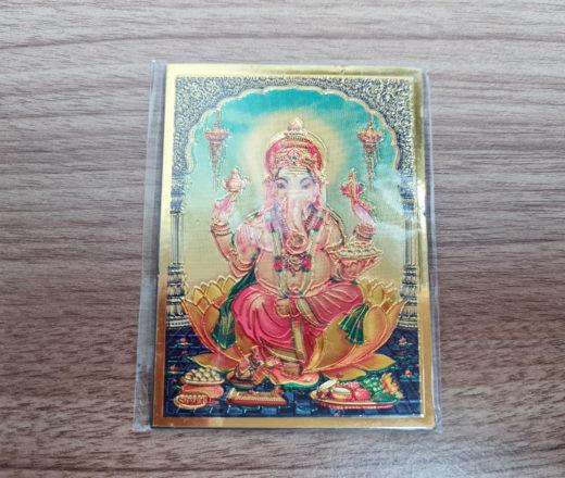 ímã de geladeira de Ganesha dourado e colorido
