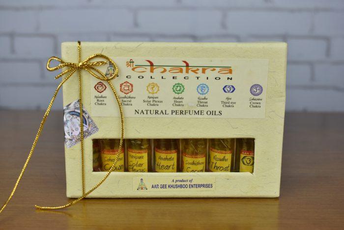 Conjunto de 7 óleos indianos naturais perfumados: Chakra Collection