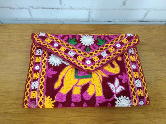 clutch indiana bordada elefante