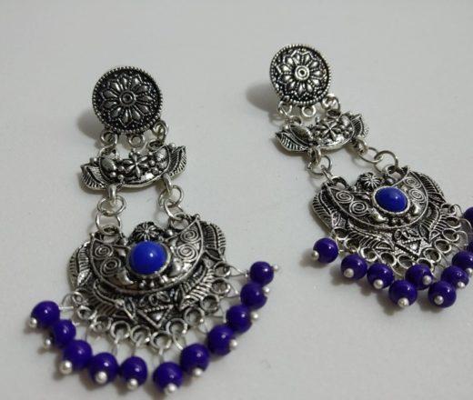 brinco indiano pedras azuis