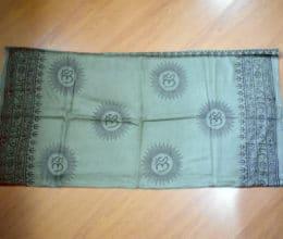lenço indiano com mantras e Om