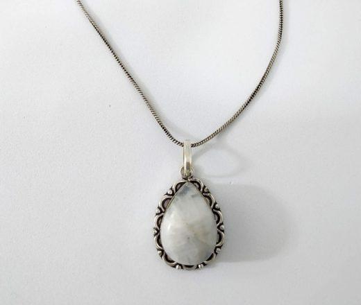colar indiano de pedra natural branca