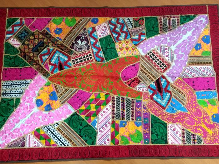 tapete indiano bordado