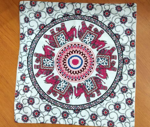 capa de almofada indiana com mandala