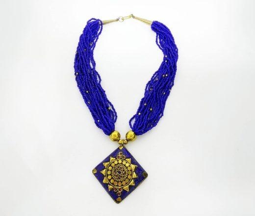 colar tibetano com pedrarias Lápís Lazuli