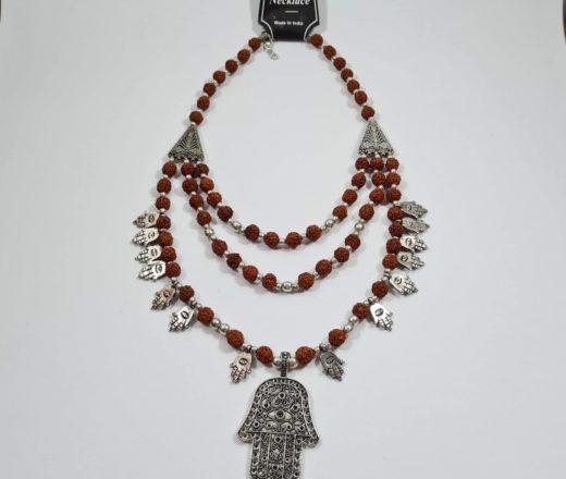 colar de Rudraksha com hamsá