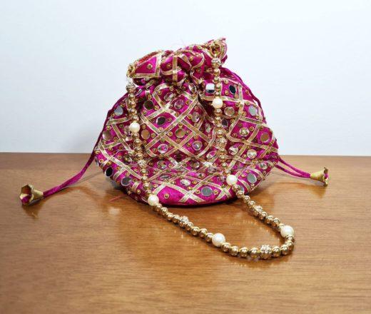 bolsinha indiana pink com espelhinhos