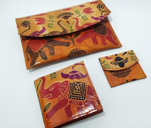 carteira de couro indiana