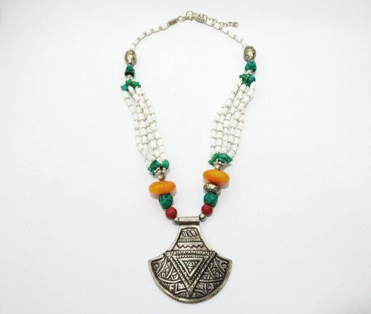 colar indiano pedras coloridas