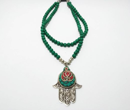 colar indiano Hamsá com pedras verdes