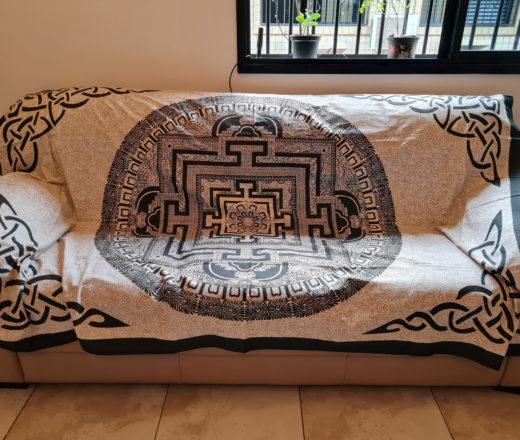 colcha indiana de mandala com yantra