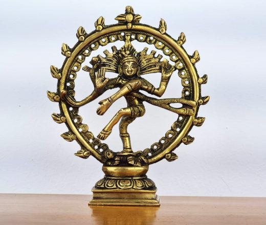 estátua de metal de Shiva Nataraja