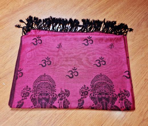 lenço indiano de viscose com algodão estampa de Ganesha cor bordô
