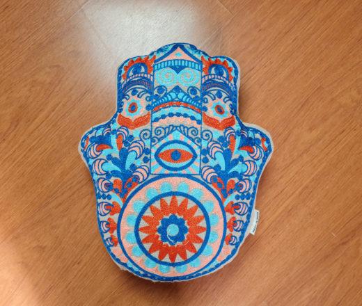 almofada Mão de Fátima (Hamsá)