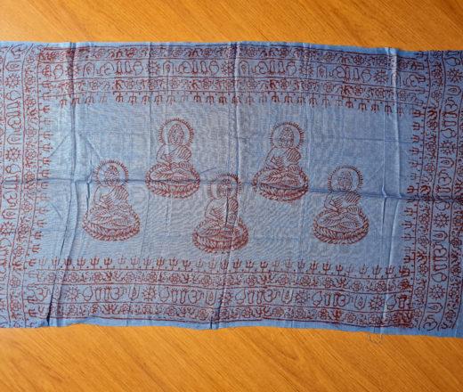 chadar de oração de Buda azul