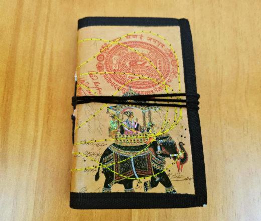 caderno indiano artesanal com capa de elefante indiano
